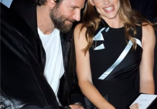 Bradley Cooper and Jennifer Garner spark romance rumors after beach outing