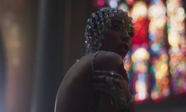 Tinashe – O Holy Night (Official Video)